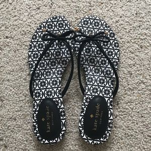 Black and white Kate Spade flats